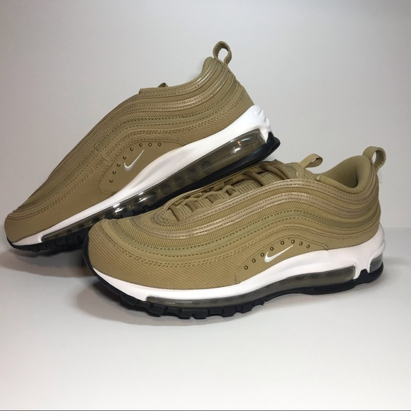 New Women's Nike Air Max 97 SE Size 9 AQ4137 200